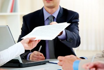 לבחור בין עסק יחיד וחברה- יתרונות והבדלים