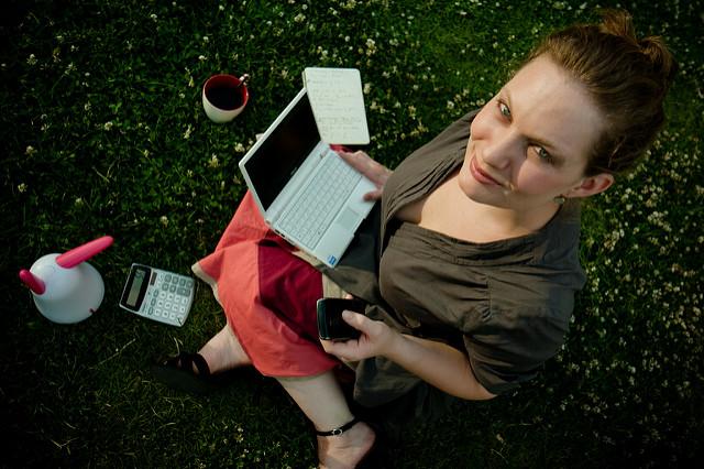 Business Girl (Éole Wind, Flickr, CC License)