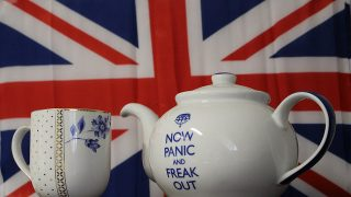 Brexit Tea (frankieleon, CreativeCommons License, Flickr)