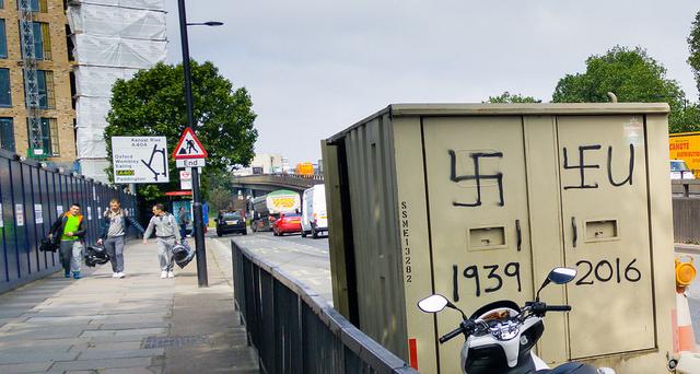 Brexit Graffiti (R4vi, CreativeCommons License Flickr)